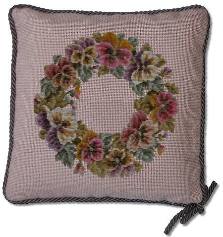 Beverley Trammed Tapestry: Pansy Garland