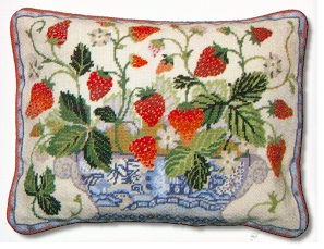 Primavera Cream Strawberry Fair Tapestry Kit